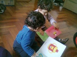 Caetano y Murilo, intercambiando historias.