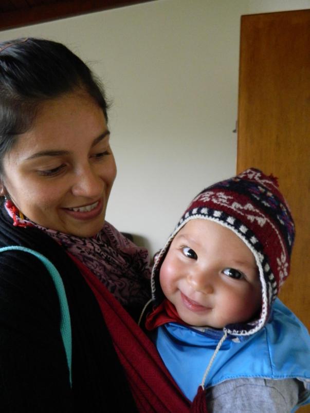 Con Caetano cuando era un bebé, regresando de un paseo.