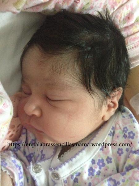 Amara, dos horas de nacida